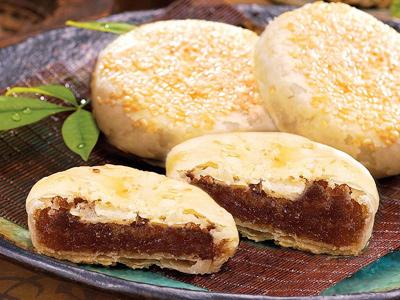 2010中秋节,台南百年信裕轩饼铺,推出老月礼盒-苏式手工凤梨酥饼.